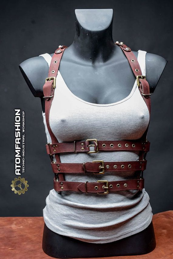 Hey, I found this really awesome Etsy listing at https://www.etsy.com/se-en/listing/270573575/steampunk-woman-leather-harness