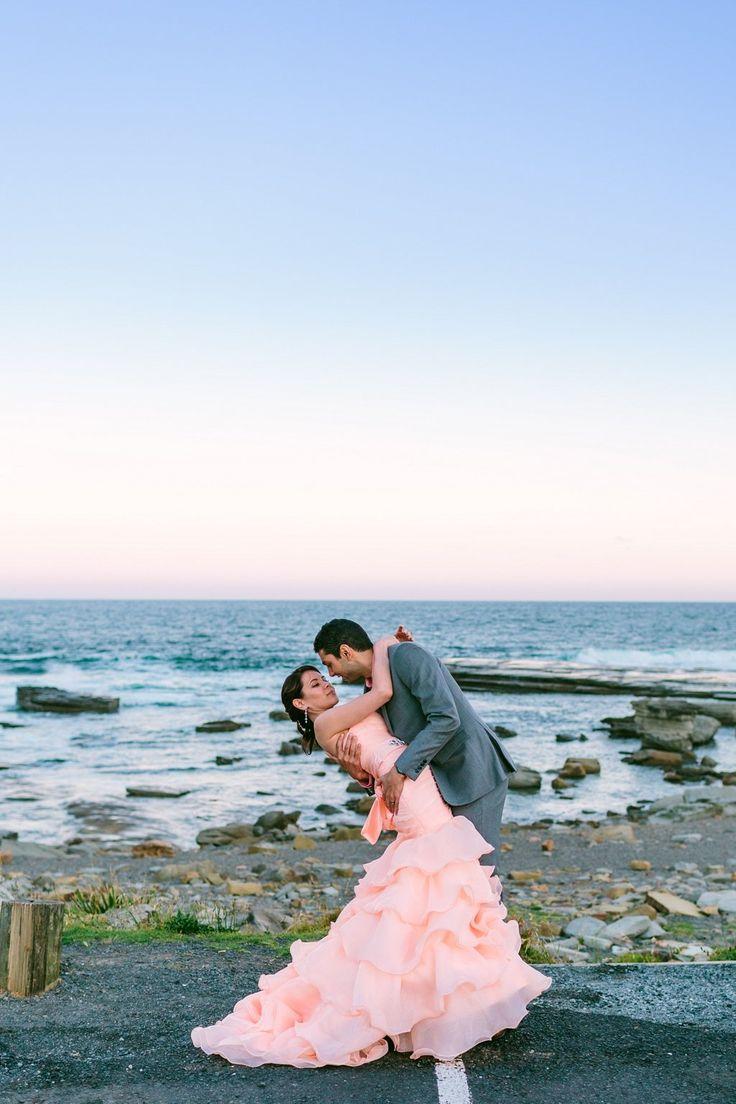 Sydney wedding | Edogawa Commemorative Garden | Pink wedding gown | Photo by Daniel K Cheung of Sutoritera | www.sutoritera.com