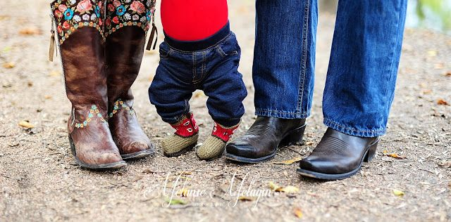 Holiday Mini Session Sneak Peeks! Cowboy Boots Melanie Melugin Photography