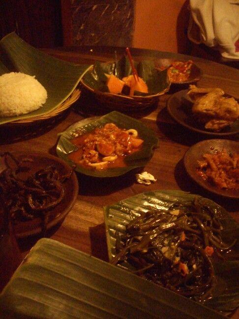 """Menu at """" Waroeng SS (Special Sambal Resto)"""". Cah Kangkung, Sambal Cumi, Sambal Teri, Sambal Bawang Gobal Gabul, Belut Goreng, Ayam Goreng. Place at Tangerang. Indonesia *Original Photo"""