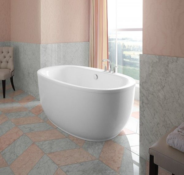 Sunstruck™ bath with fluted shroud     Refinia® bath filler     Combining luxury with practicality, the ergonomic design of this bath conforms to and supports you as you enjoy a deep, relaxing soak.