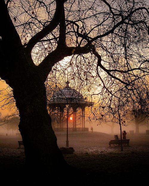 Clapham Common, London  (by singulartalent)