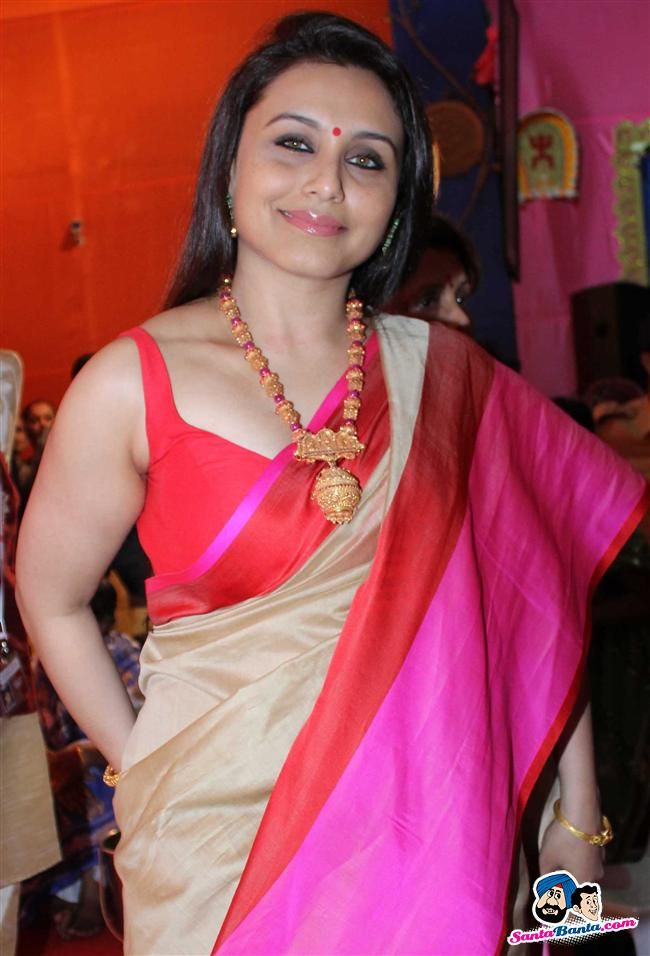 Rani Mukherjee Picture Gallery image # 238022 at Bollywood Stars Celebrate Durga Pooja containing well categorized pictures,photos,pics and images.