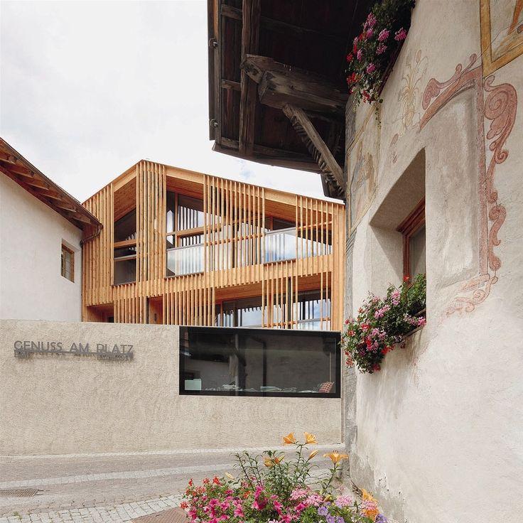 Dieser Beitrag wurde auf architekturmeldungen.de (Architektur-Nachrichten / Architektur-News) unter Hotels, Innenarchitektur, Literatur veröffentlicht.