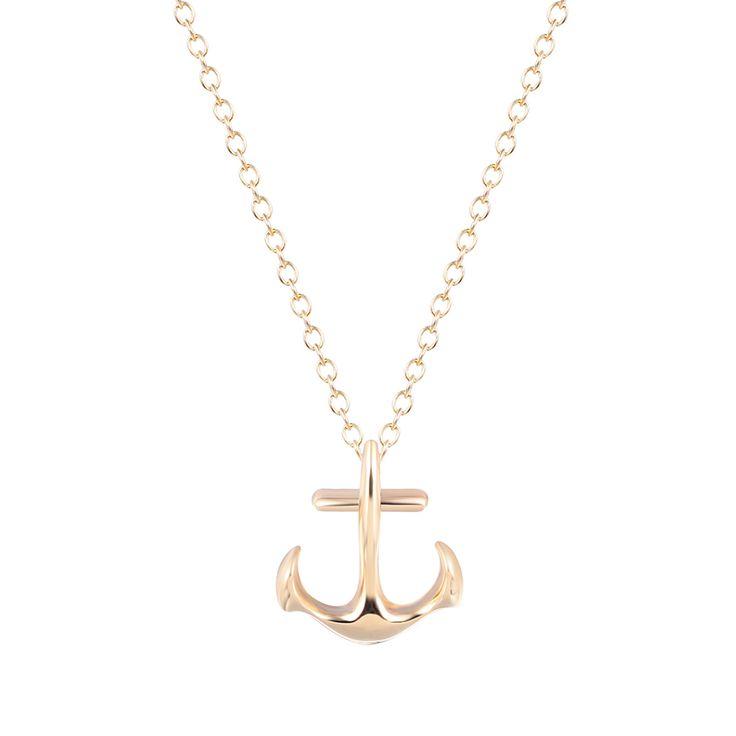 Collier femme ancre marine. Collier fantaisie monté sur une chaîne plaque or 14 et ancre de 2cm. Un bijou raffinée et tendance à la fois.