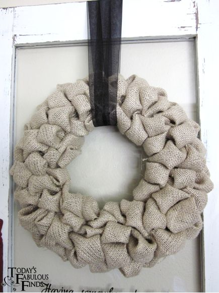 Burlap 'Bubble' Wreath Tutorial...I have one of these as the ladies at church were kind enough to make me one! :)