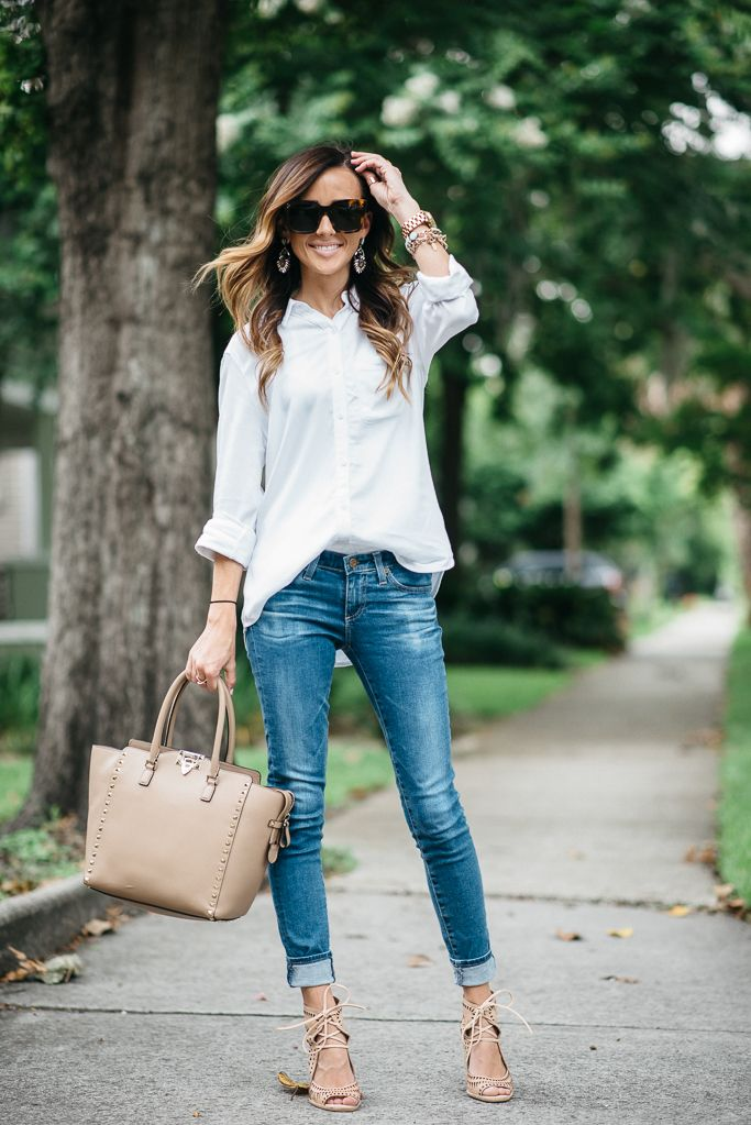 White oversized chambray, classic look | www.sequinsandthings.com