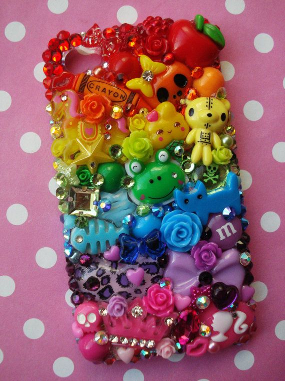This iphone case is cool how it has all the different things to make up the colors of the rainbow. It could do without the skulls though.....