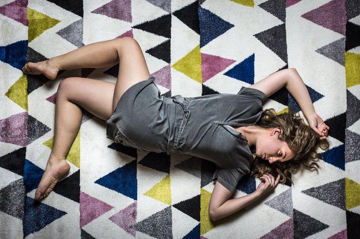 Living room carpet with triangles.  Bonami 3000 CZK  #carpet #livingroom #triangles #geometric #fashion #bonami #colorful
