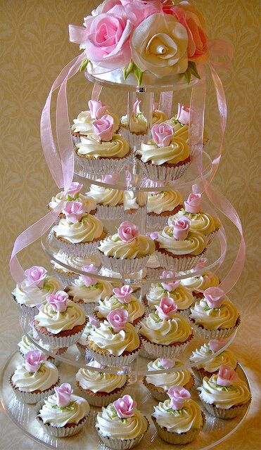 Cup cake tower