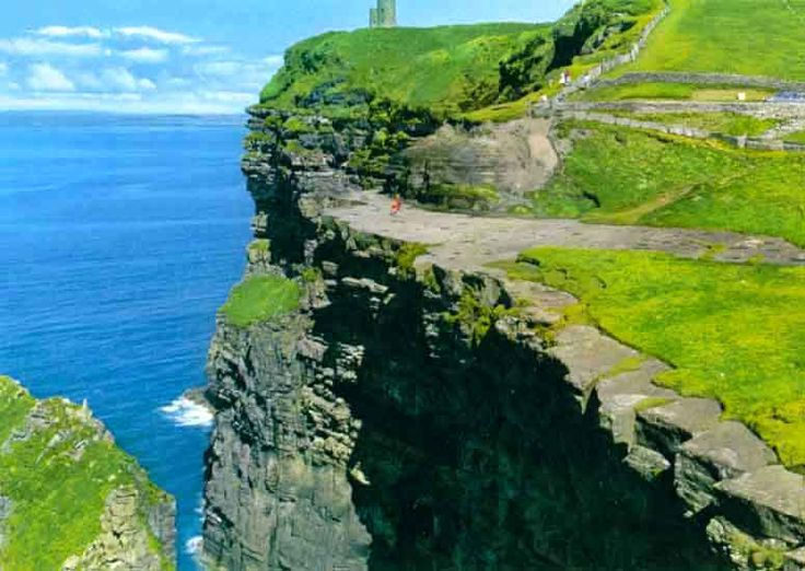 The Cliffs of Moher, Lahinch IrelandFavorite Places, Favorite Things About Ireland, Dreams Travel, Lahinch Ireland, Beautiful Places, Future Travel, Cliffs Of Moher, Amazing Planets, Cliff Of Moher