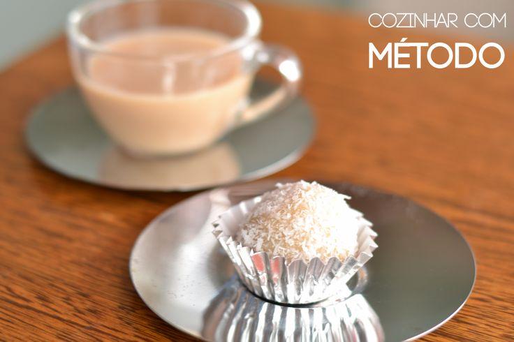 Trufa de coco com chai