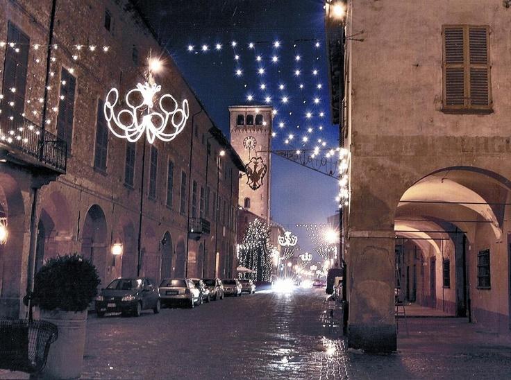 Piccoli lussi invernali: Barolo, Tartufo e Cioccolato... magiche atmosfere a Cherasco