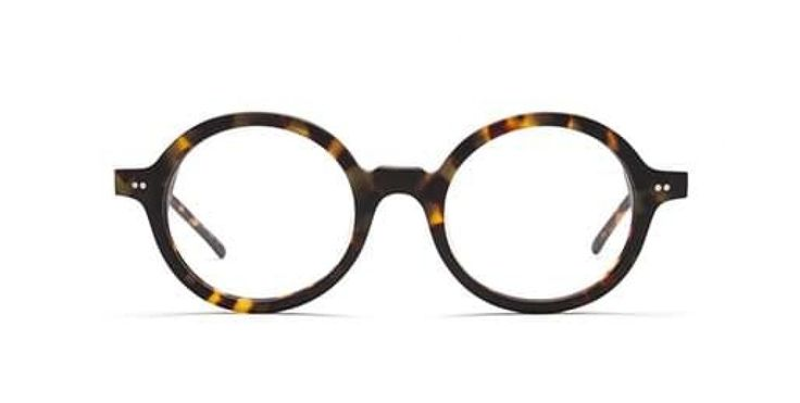 ROUND & ROUND I The essential round frame - suits both men and women. An absolutely amazing look at the forefront of eyewear fashion. Camouflage look acetate.