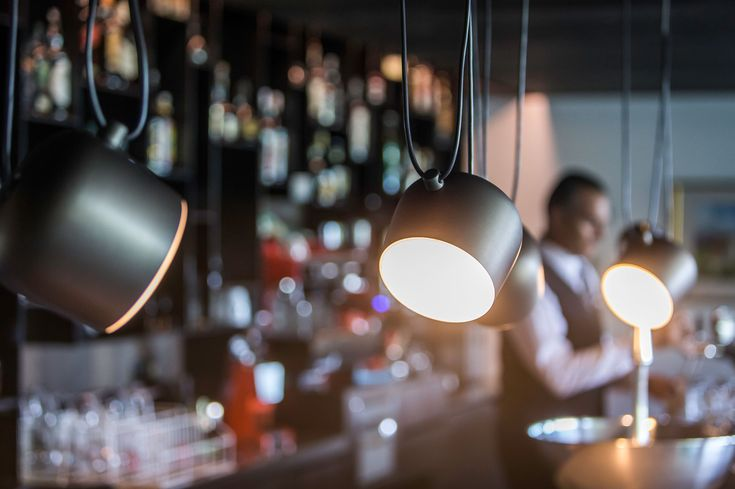Lichtstudio Lichtdesign Leuchten · REFERENZEN · Meran Südtirol Italien  #lighting projects #hotellighting #südtirol #italy #luxuryhotel #bar #hotelkristall