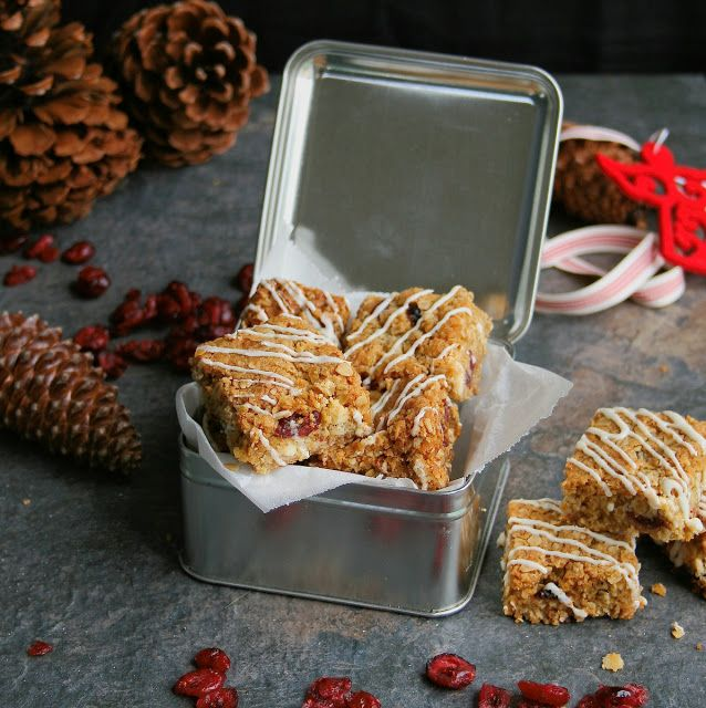 http://cupcakesandcouscous.blogspot.co.za/2015/12/cranberry-and-white-chocolate-crunchies.html