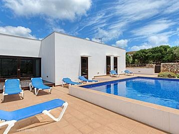 3 bedroom villa in Punta Prima, Menorca .£749-861