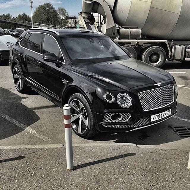 Black #Bentayga Who drives cars like this? Meet them at @secretentourage. Every…
