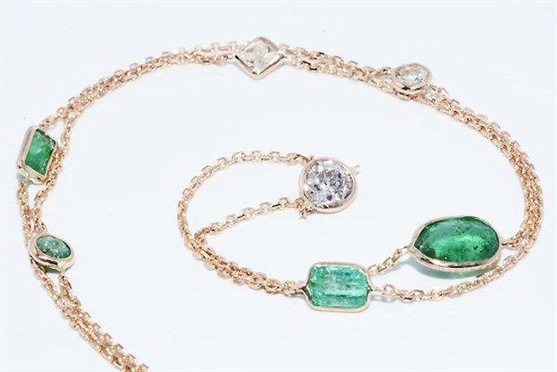 Online veilinghuis Catawiki: Halsketting met 2,12 ct diamanten en smaragden – van The Yard.