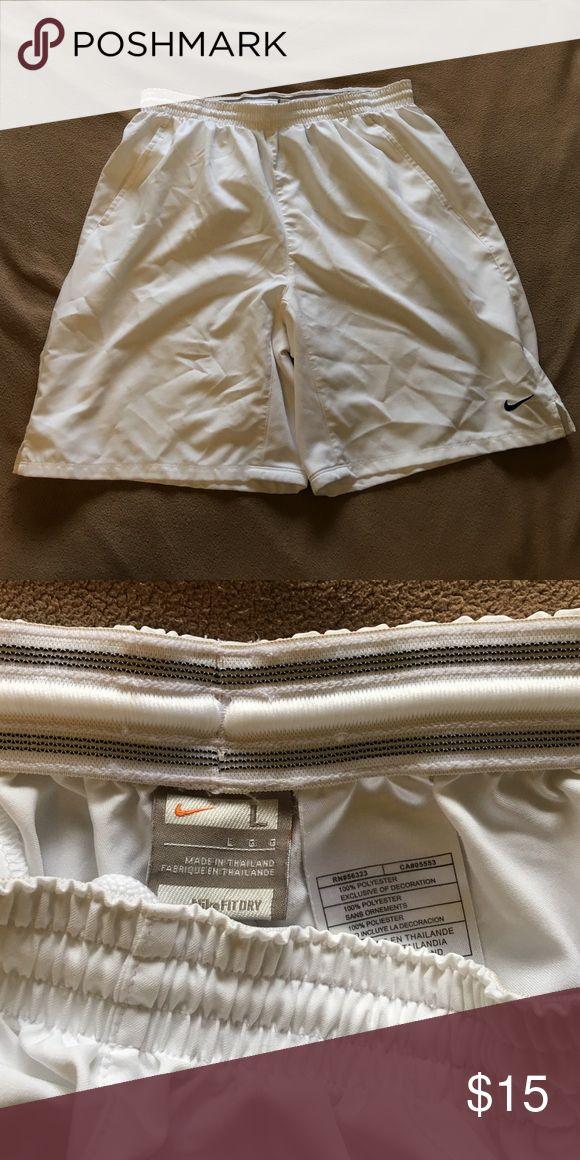 Nike Tennis Shorts - Large Fit-Dry Athletic Shorts Selling Nike Brand Tennis Shorts - Large - White Nike Shorts Athletic