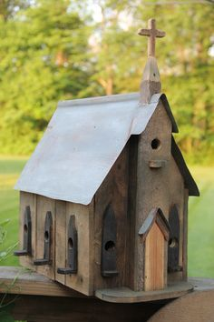 My Pallet Wood Birdhouse ((bird-housesfeedersbaths))