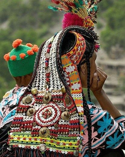 """713 Likes, 14 Comments - majestic disorder magazine (@majesticdisorder) on Instagram: """"Traditional Kalash woman's headdress. The Kalash or Kalasha are a tribe of Chitral, the northern…"""""""