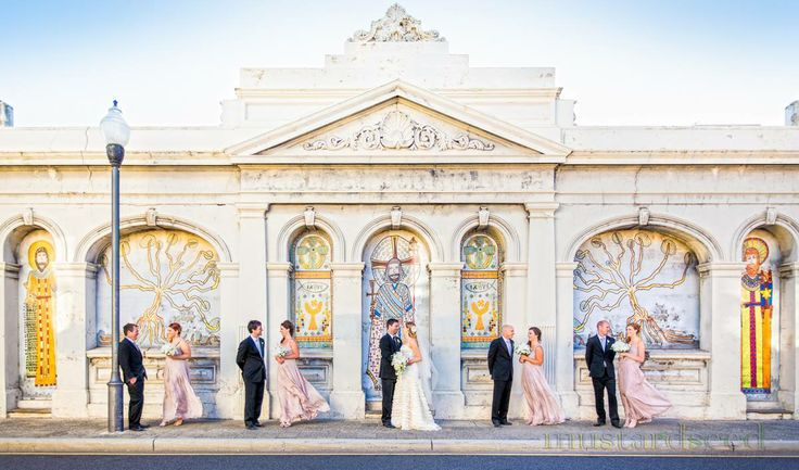 Emily and Chris's bridal party at Fremantle's most famous wall on Cliff St! For those familiar with the wall which used to be plain white/gray, I think it's currently decorated with a mural as part of the Fremantle Festival