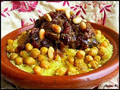 Recette Juive Marocaine du couscous aux oignons confits et raisins secs | Dafina.net