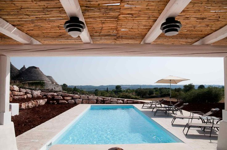 Gazebo in a trullo with swimming pool
