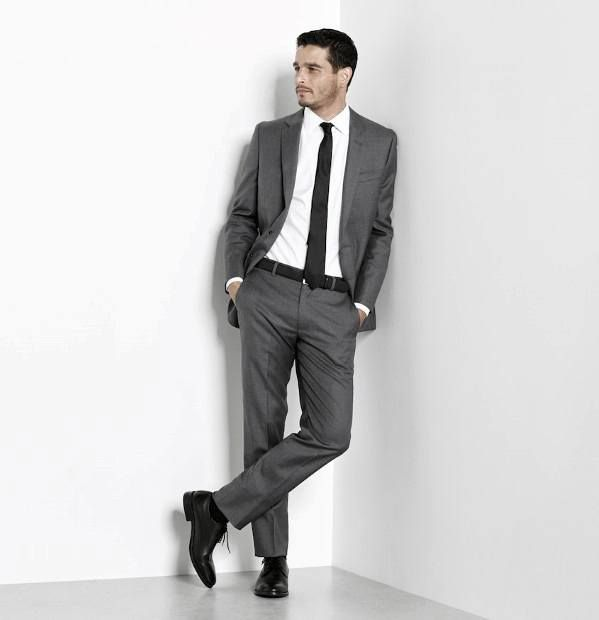 30 Best Charcoal Grey Suits with Black