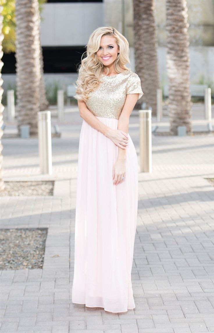 Tackle spring fashion trends handily with this ikat print maxi length - The Elsa Maxi Dress In Champagne Pink