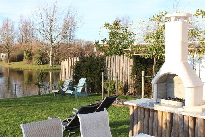 Garten In 2020 Ferienhaus Am See Ferienhaus Hallenbader
