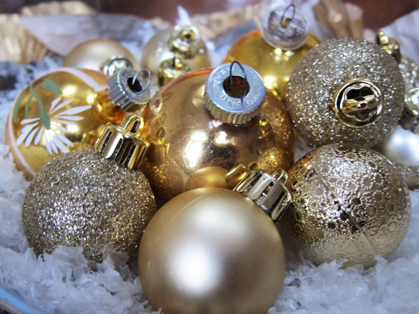 127 best White, Silver & Gold Christmas Ornaments images on ...