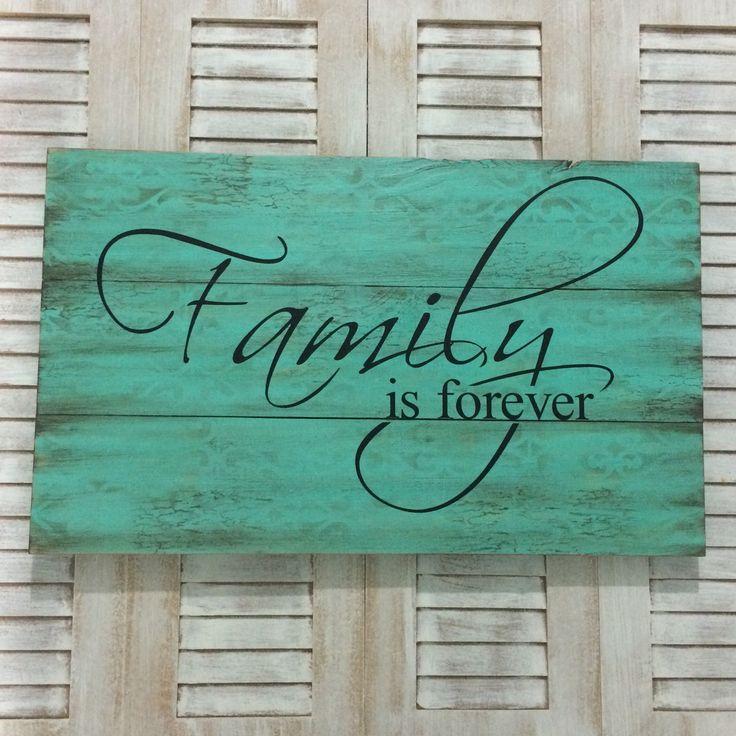 Placa FAMILY IS FOREVER <br> <br>Linda placa decorativa para sua…