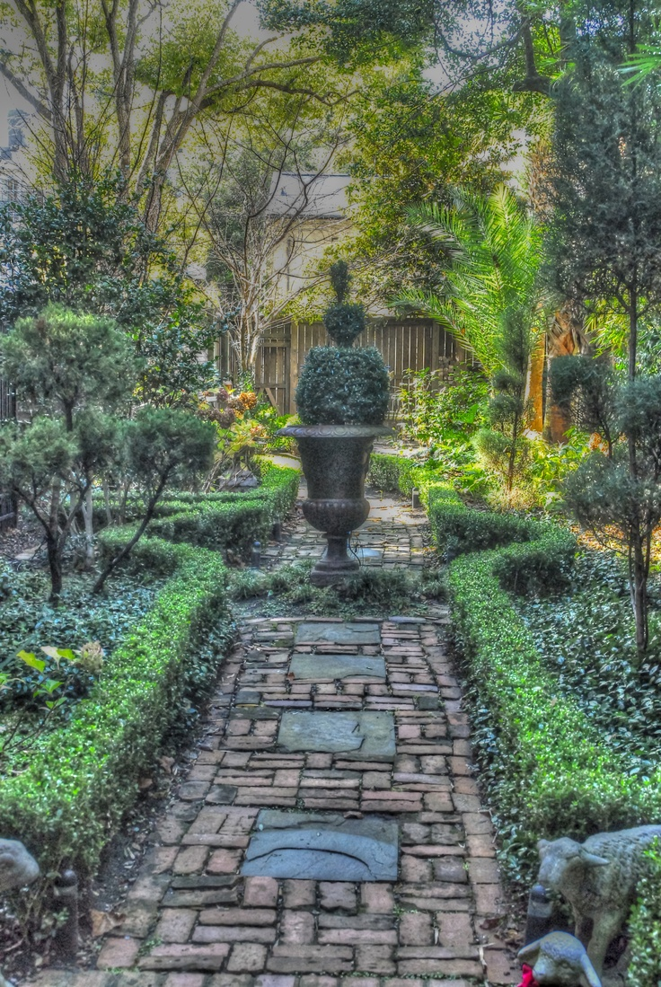 115 best images about courtyard gardens of charleston and for Courtyard landscaping
