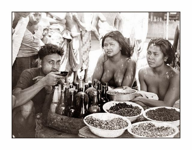 Photographs Women Bali Old Days