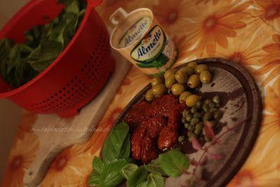 Szpinakowe piersi z kluseczkami a'la gnocchi i ucieranką marchwiowo-cukiniową