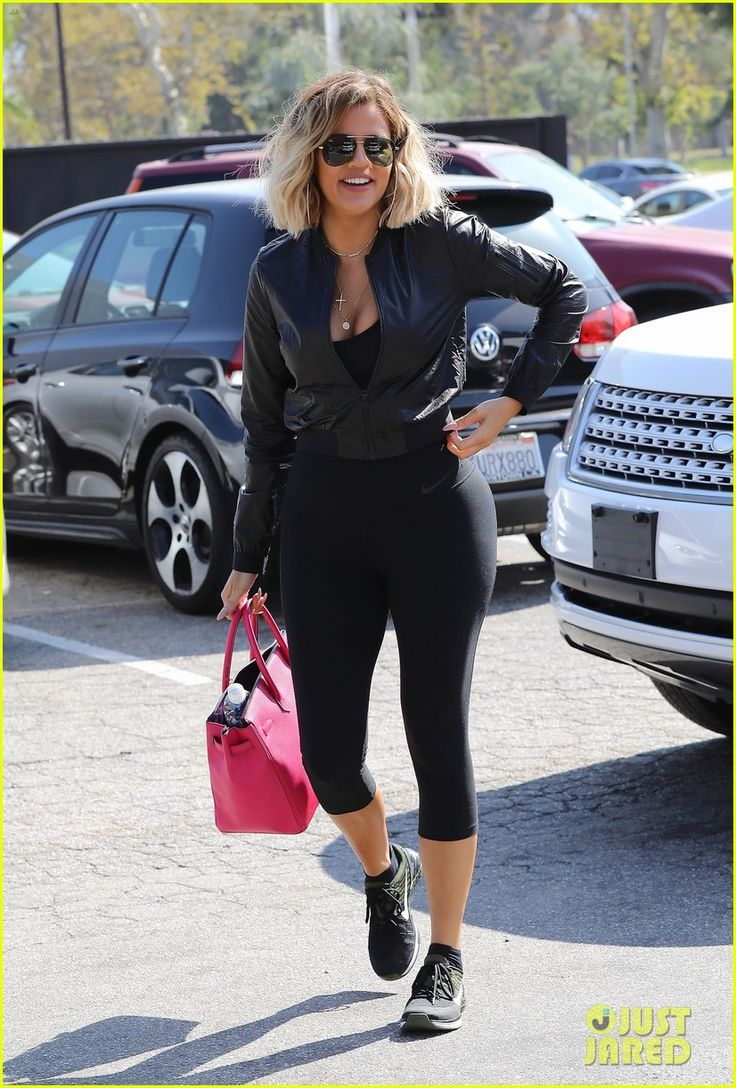 Khloe Kardashian & Kevin Hart Leave the Set of New Fitness Show | khloe kardashian kevin hart fitness 01 - Photo