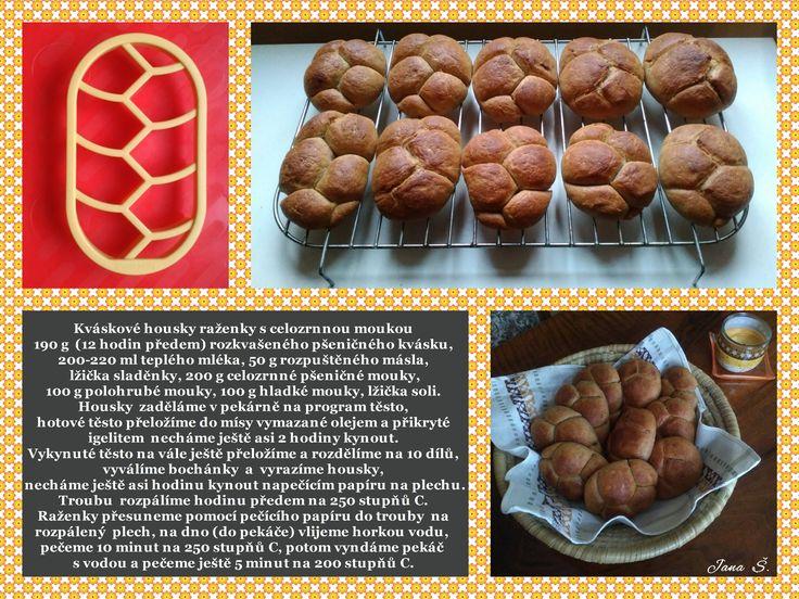 Kváskové housky- raženky  s celozrnnou moukou