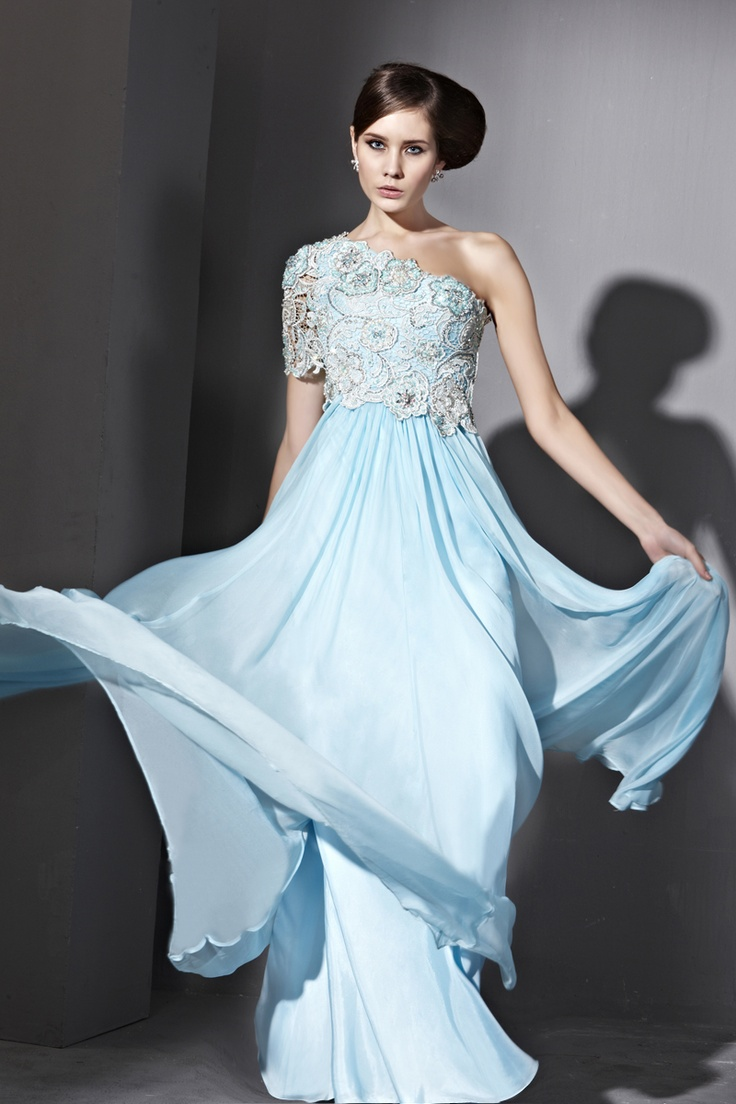 103 best Blue evening gowns images on Pinterest | Evening gowns ...