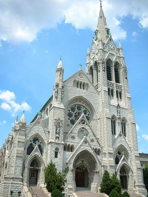 St. Francis Xavier Chapel, Saint Louis University