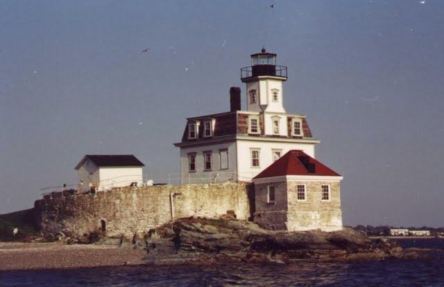 Rose Island Lighthouse, Naragansett Bay, Rhode Island. Nice clams.
