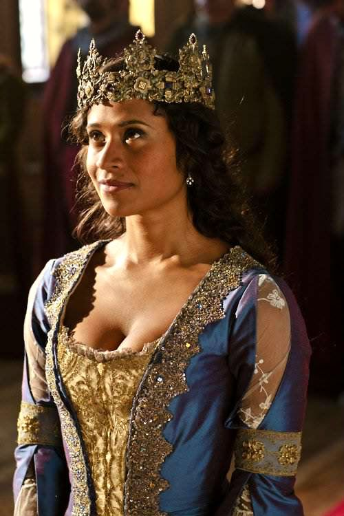 Angel Coulby just sparkles as Queen Guinevere in Merlin (UK) ... (Her presence makes such a a shiny, happy point in a doofy little show)