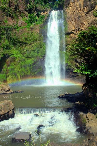 Tiu Pupus waterfall. A beautiful waterfall in North Lombok, Indonesia. For more information, please visit http://www.LombokExplore.com.