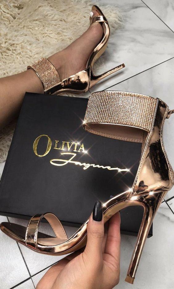 3 Of The Best Heels To Make Your Holiday Unbelievable https://ecstasymodels.blog/2017/12/13/3-best-heels-make-holiday-unbelievable/