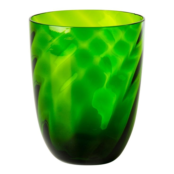 <p>Whether you're planning a relaxed al fresco lunch with friends or glamorous dinner party, set the mood with this elegant glass tumbler by Nason Moretti.</p> <p>Exquisitely handcrafted by one of the leading glassworks on the Venetian island of Murano, this decorative design features a tactile diamond pattern enhanced by a vivid green colour.</p>
