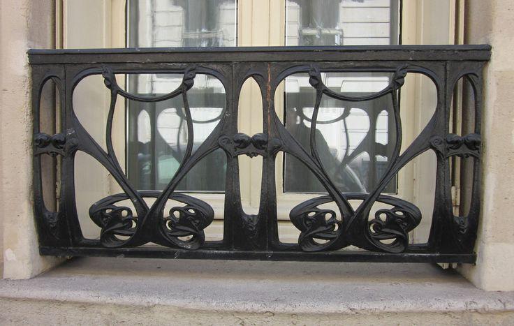 Art Nouveau window grille - Hector Guimard