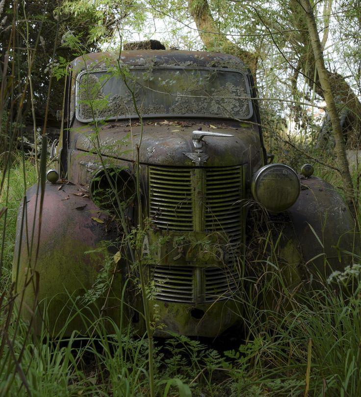 Abandoned Austin 8, New Zealand.