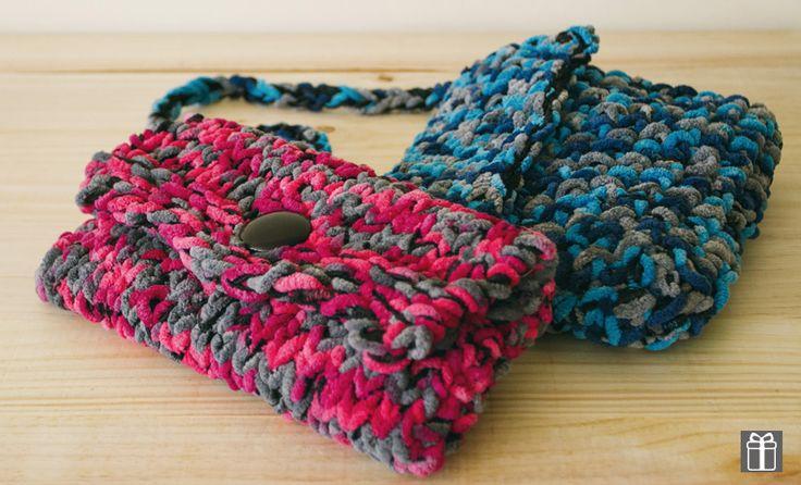 Katia Knitting Patterns : Katia Gala ~ scarf yarn free pattern for knitted bag using Katia Gala from ww...