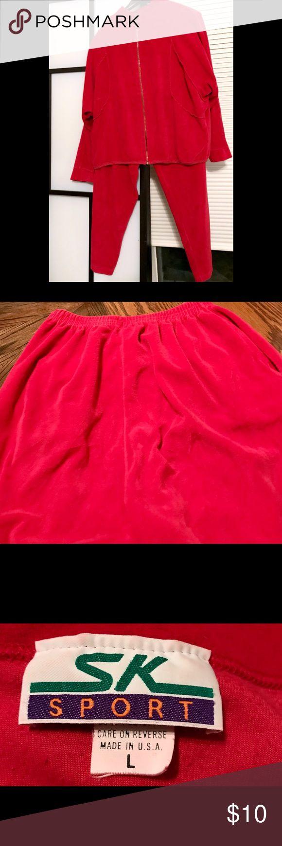 Soft jogging suit ❤️ Euc zippered jogging suit with elastic waist pants - with pant pockets 😊 sk sport Pants Track Pants & Joggers